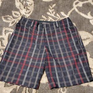 Nike size 6 Bermuda Golf Shorts Plaid VV360